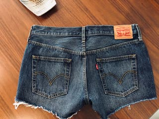 Shorts Levi's t.38 (M) nuevos!! Originales