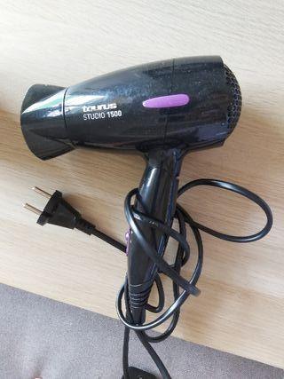 secador cabello taurus