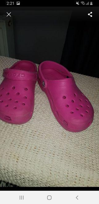 size 6 crocs