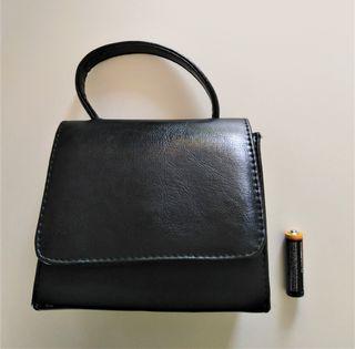 Bolso pequeño color negro