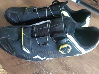 zapatillas bici carretera Northwave
