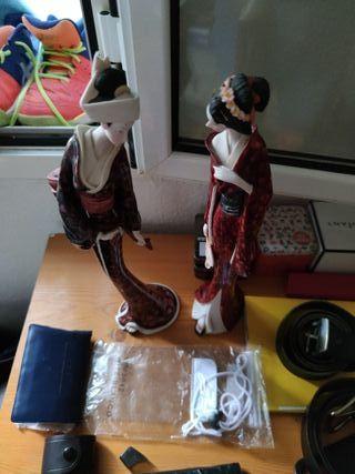 dos figuras geisha