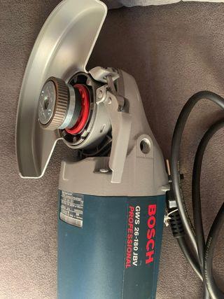 Amoladora Bosch GWS 26-180 JBV