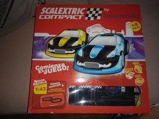 Scalextric compact tuning. Circuito de 4 metros.