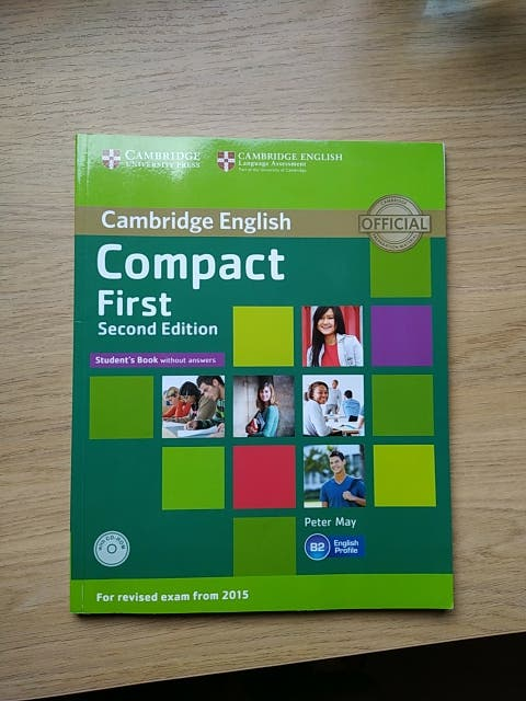 Compact First.Libro ingles.