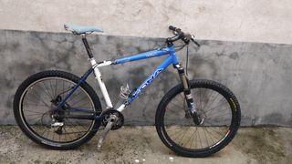 Bicicleta de montaña KONA KULA