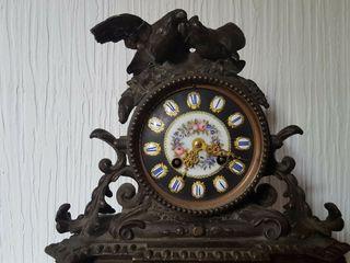 Reloj con guarnicion S XIX. No funciona
