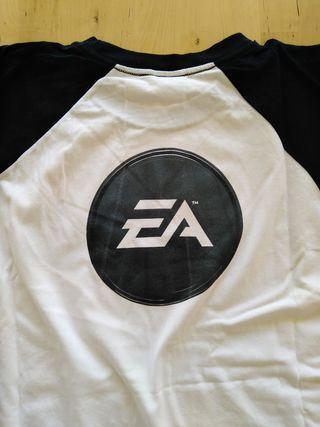 Camiseta EA