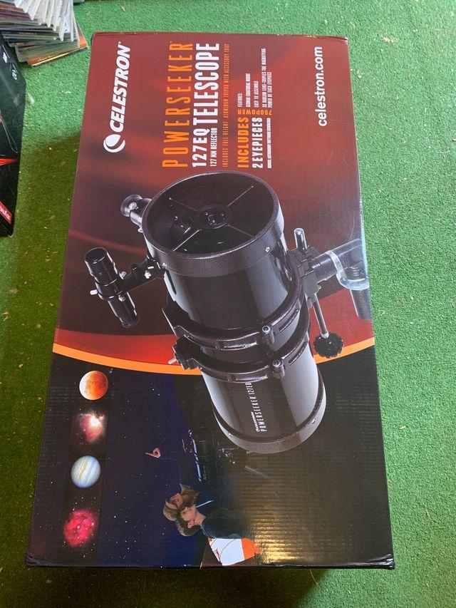 Telescopio Reflector Powerseeker 127 EQ-MD (Motor)