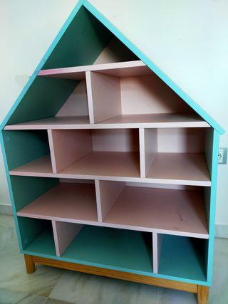 Casita - librería de madera infantil