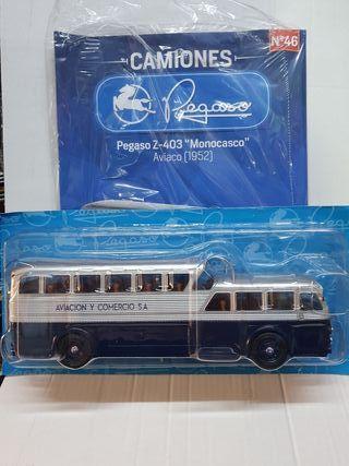 Autobus Pegaso Z- 403 Monocasco. Aviaco .1/43