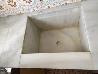 pila y bancada de marmol