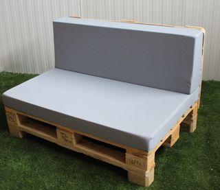 Sofa económico de palet (exterior)