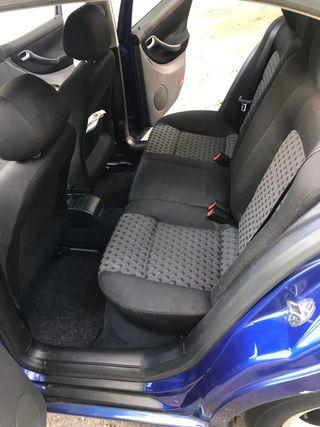 SEAT Toledo 1.9 TDI sport 110cv
