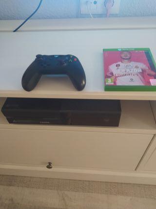 Xbox One + FIFA 20 + Warzone online