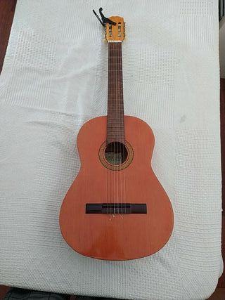 Guitarra española artesana