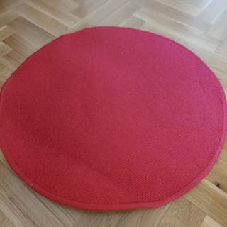 4 alfombras rojas redondas de IKEA