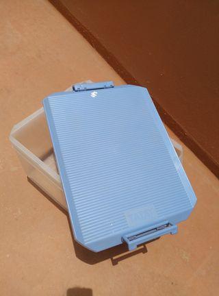 caja plástico