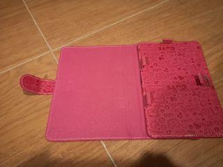Funda tablet o libro electrónico 7 pulgadas.