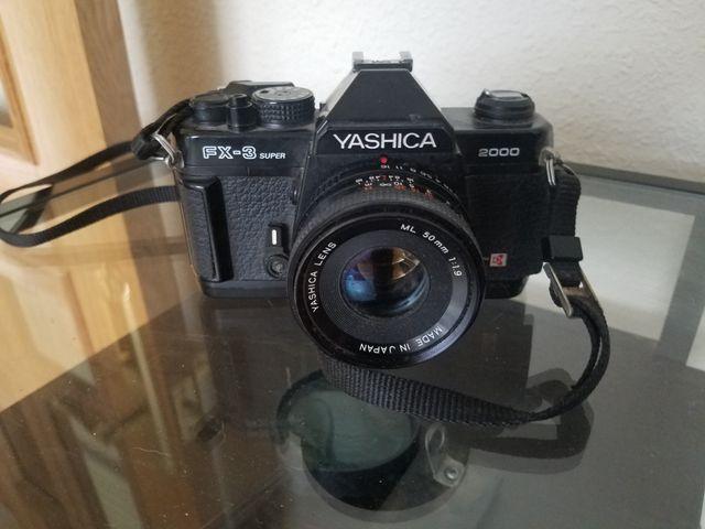 Cámara Yashica Fx-3 Super 2000