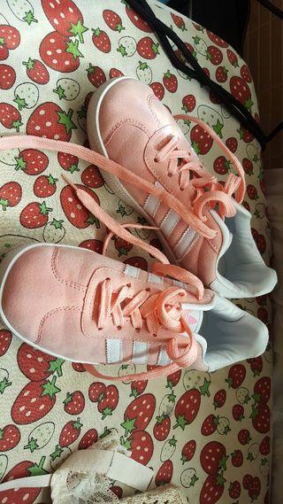 Adidas rosita