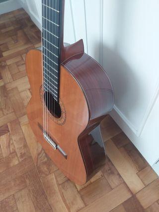 Gitarra Alhambra 4P NUEVA