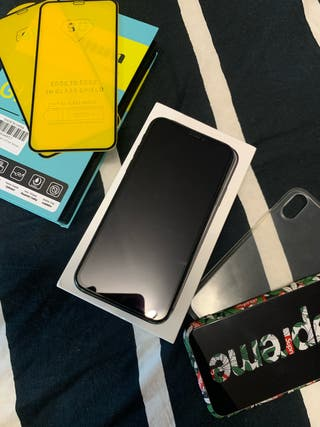iPhone X impecable + accesorios!