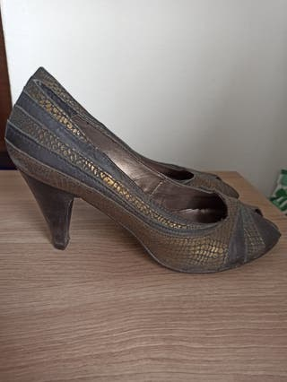 chaussures et sac en vrai cuir et vêtements