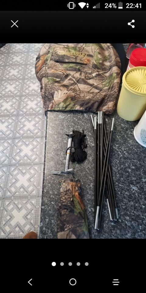 hunting/fishing/bird watching hide