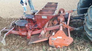 plantadora de patatas con rotovator