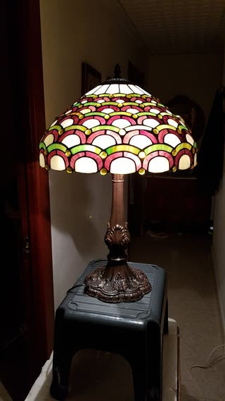 LAMPARA DECORATIVA DE CRISTAL TIFFANY