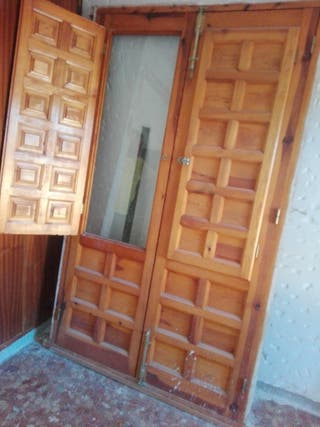 ventanas y balcones madera maciza