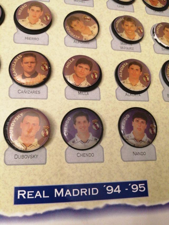 REAL Madrid 94_95 le falta una chapa