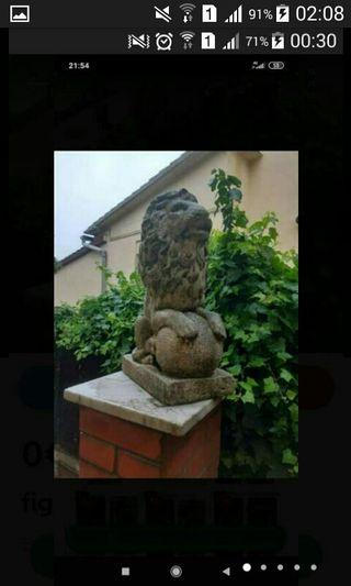 leon de piedra