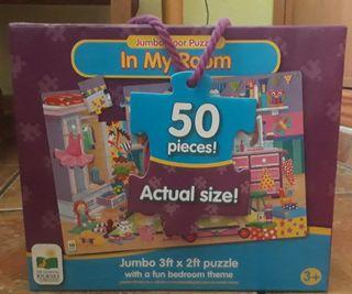 Puzzle gigante suelo.
