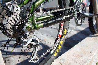 Bicicleta rígida con FOX y XT