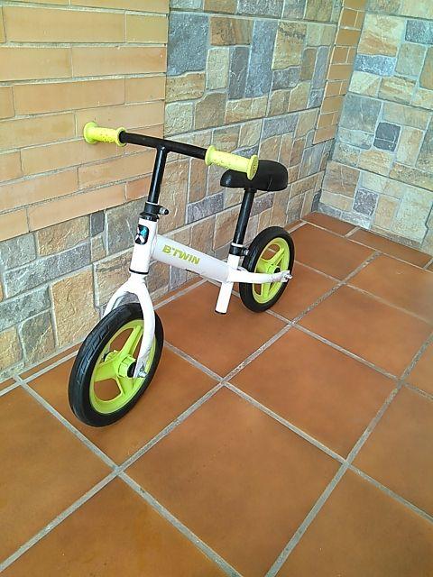Bicicleta de equilibrio BTWIN