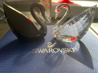 Swarovski Soulmate Swan Crystals