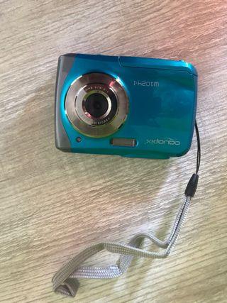 Cámara de fotos y vídeos acuática.