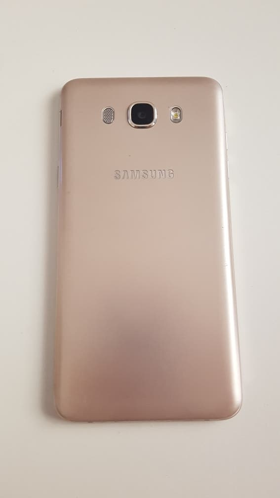 Samsung Galaxy J7 6,