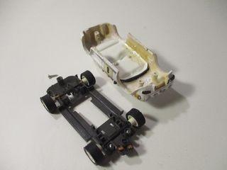 RENAULT 1/32 DAUPHINE TEAM SLOT SIN MOTOR