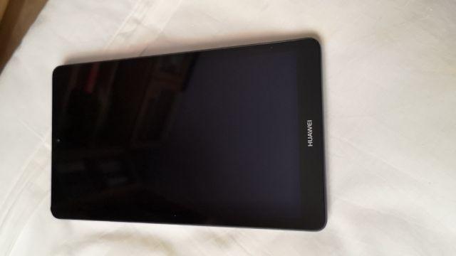 """Tablet Huawei 7"""" prácticamente nueva"""
