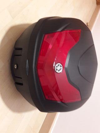 Top Case y Parrilla o Soporte Yamaha 125 MT