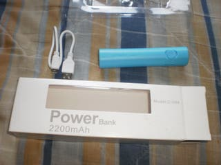 Power bank + linterna 2200 mAh