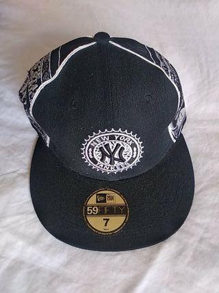 Gorra negra New Era. New York yankees