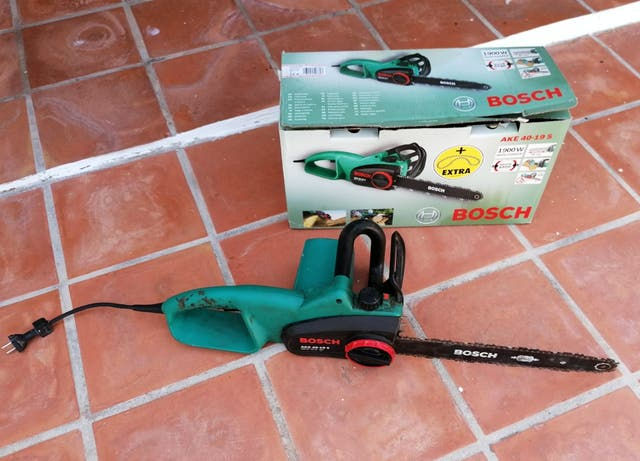 Motosierra eléctrica Bosch AKE 40 19S