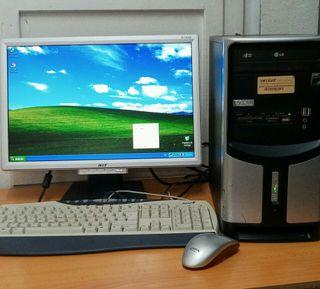 Ordenador AMD sempron con monitor Acer de 19''