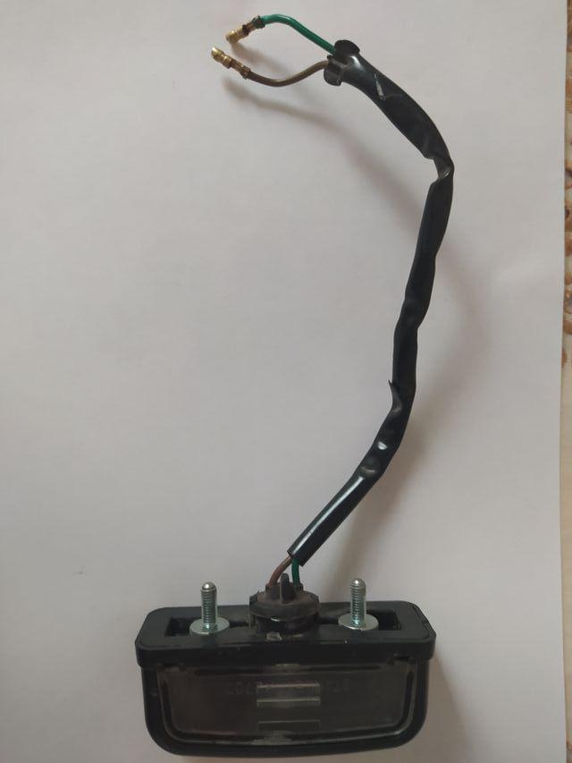 luz matrícula Honda cbr 125 2004