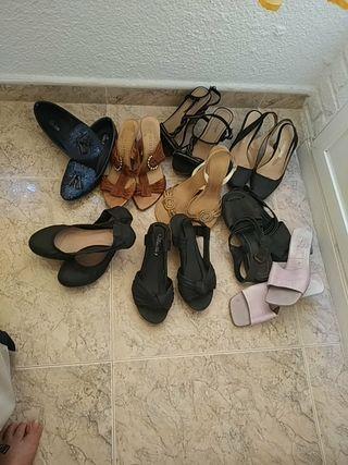 nueve pares de sandalias
