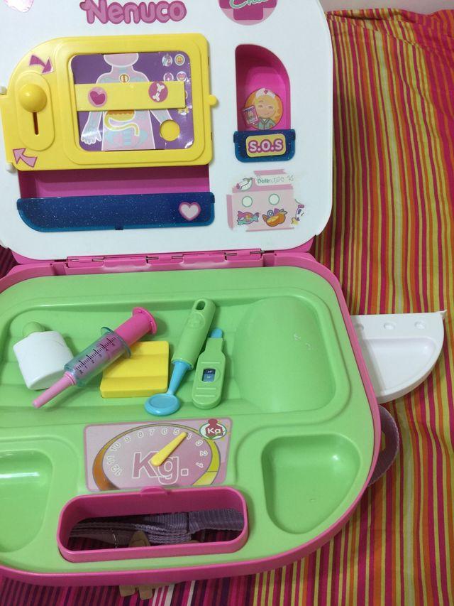 Bolso maletín médico Nenuco